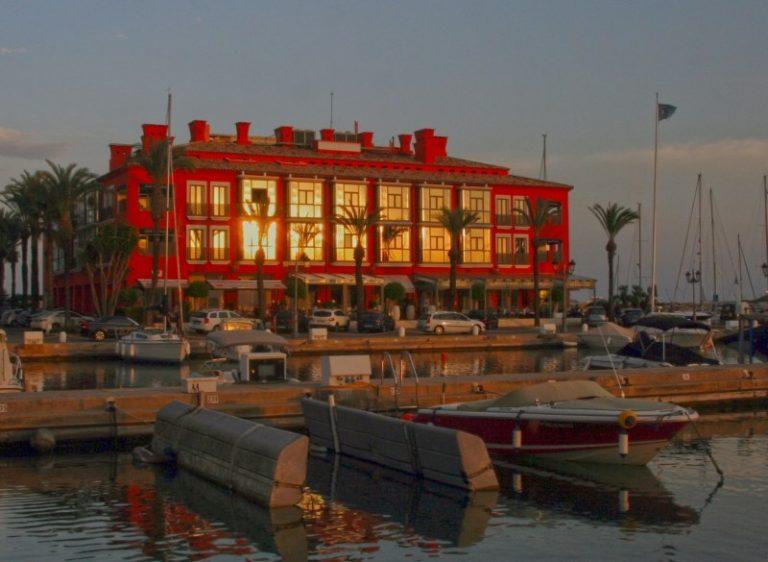 Hotel Club Marítimo - Port