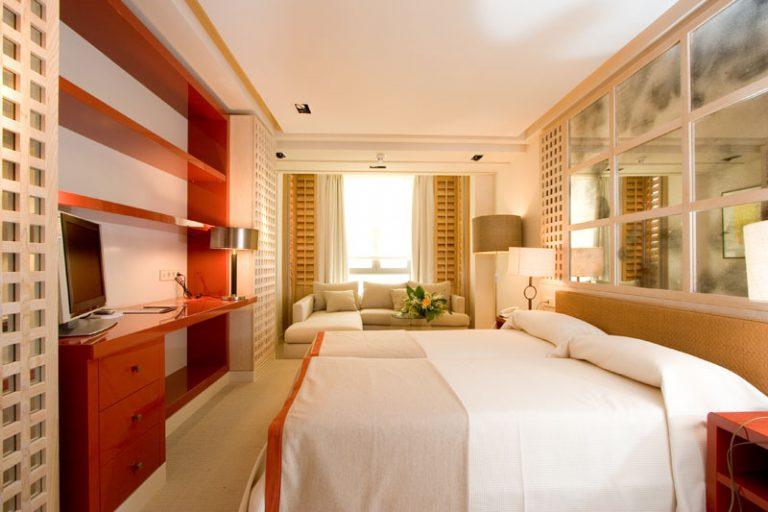 Hotel Club Marítimo - bedroom