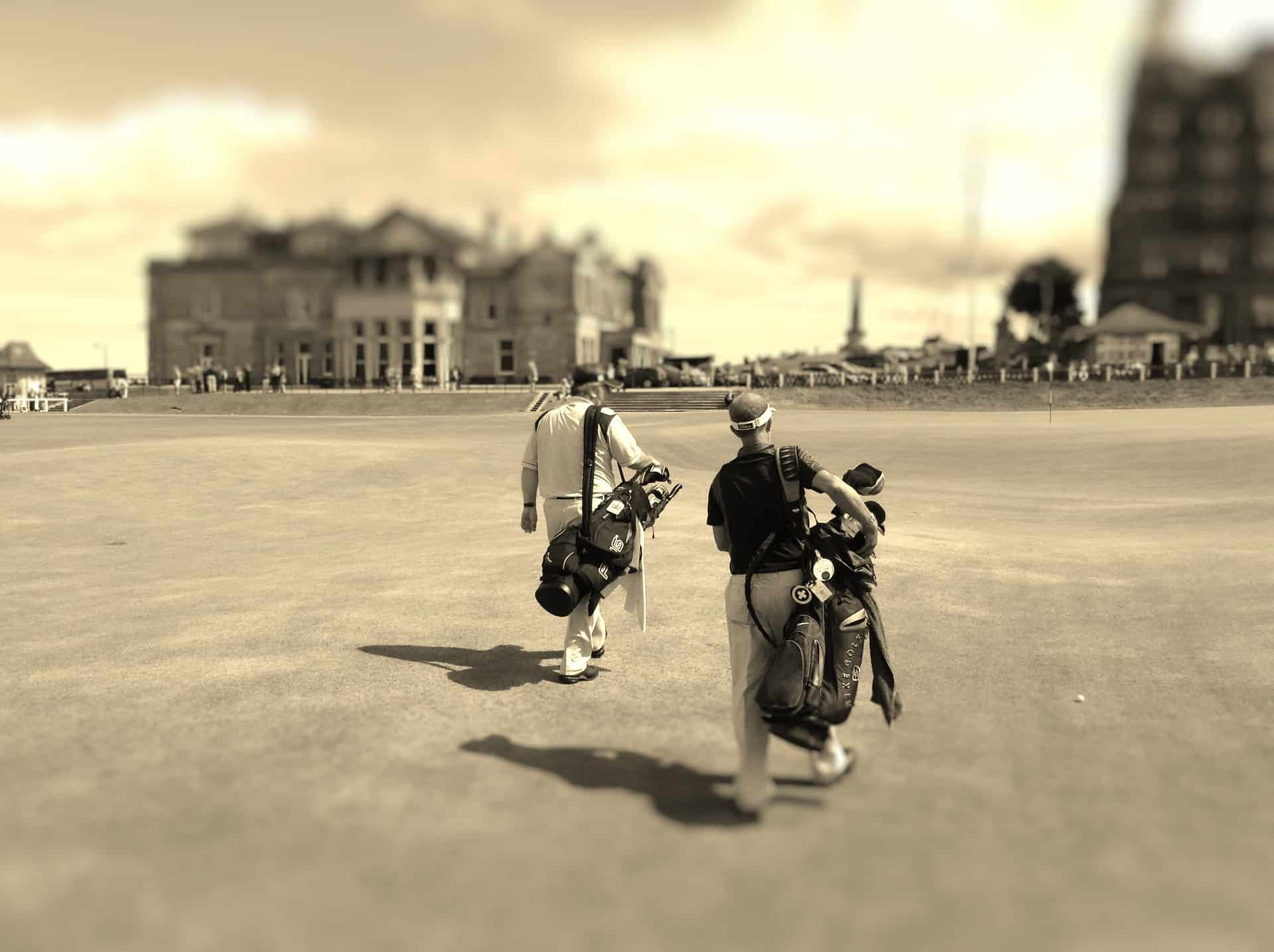 Old Course St Andrews, 18th green approach, 2 golfers