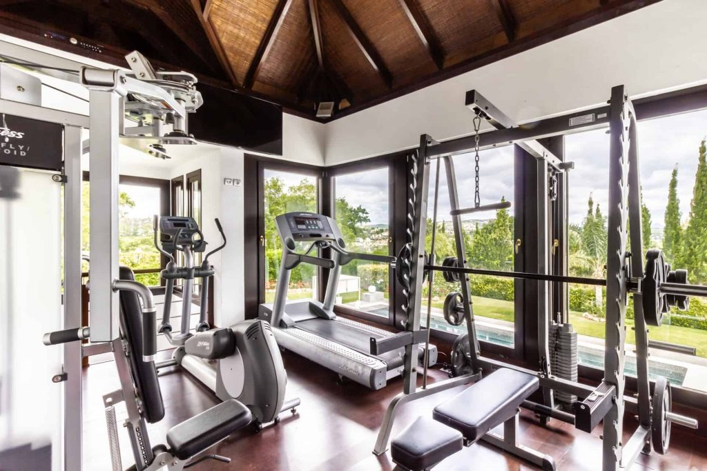 Los Halcones, San Roque Club. 2 Storey gym & fitness centre